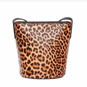 🆕🛍Leopard print Crossbody bucket bag